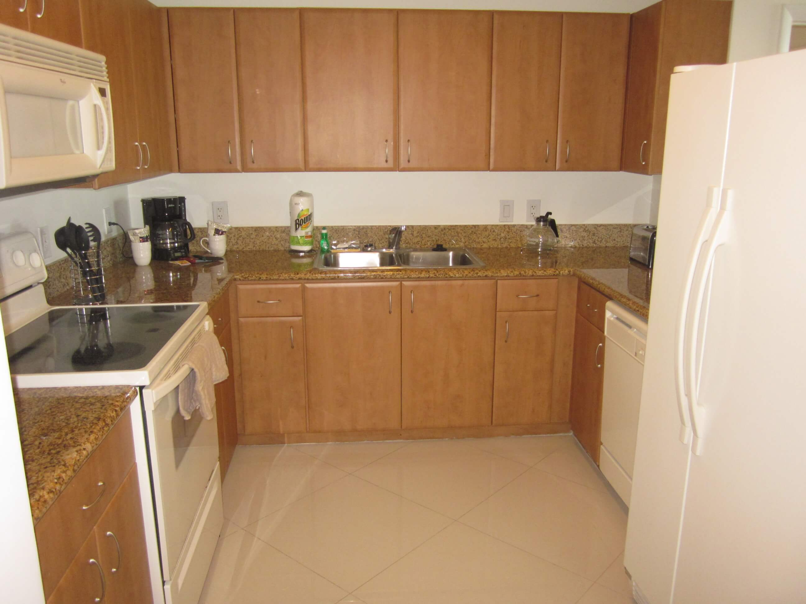 image 2 furnished 2 bedroom Apartment for rent in Miami Lakes, Miami Area
