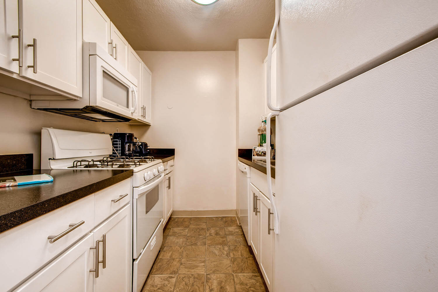 Mission Hill Furnished 1 Bedroom Apartment For Rent 4380