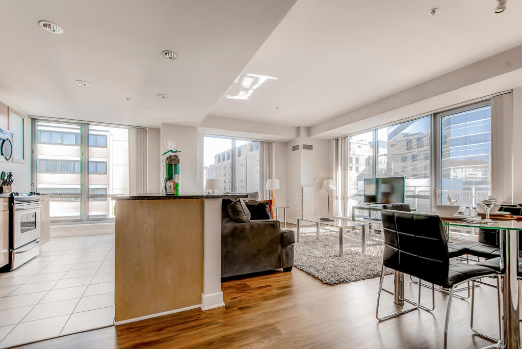 $9060 2 Beacon Hill, Boston Area