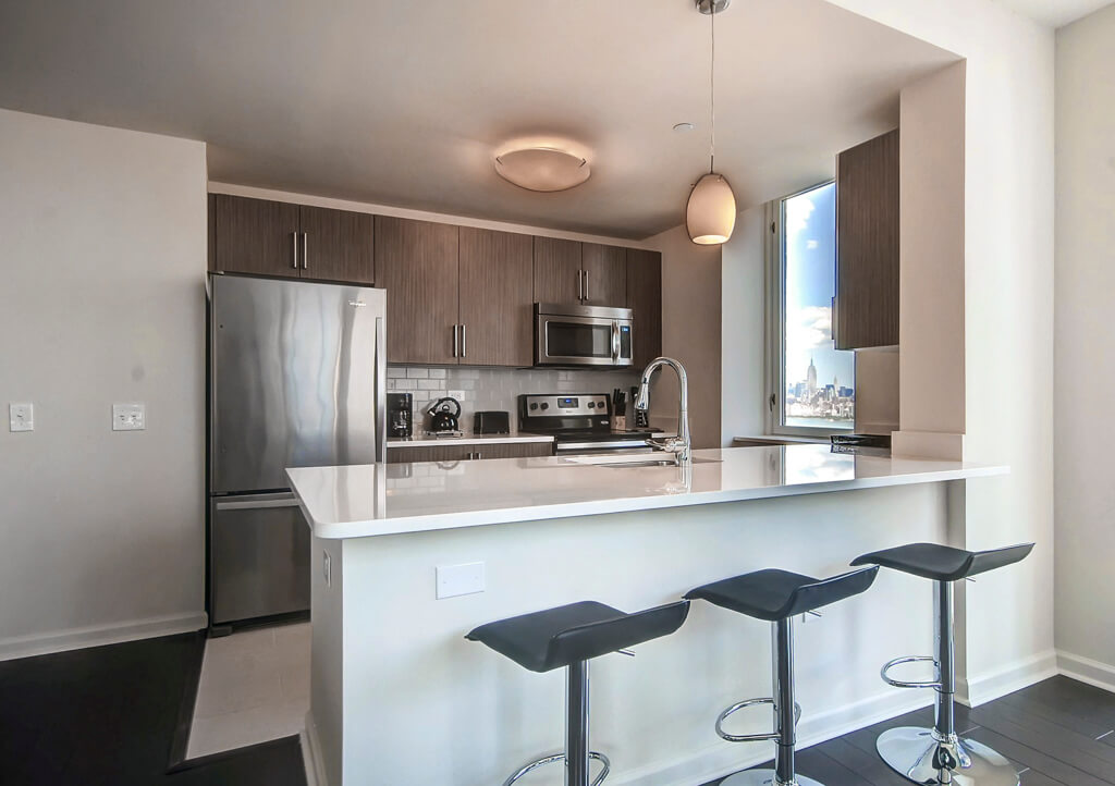 image 5 furnished 3 bedroom Apartment for rent in Jersey City, Hudson County