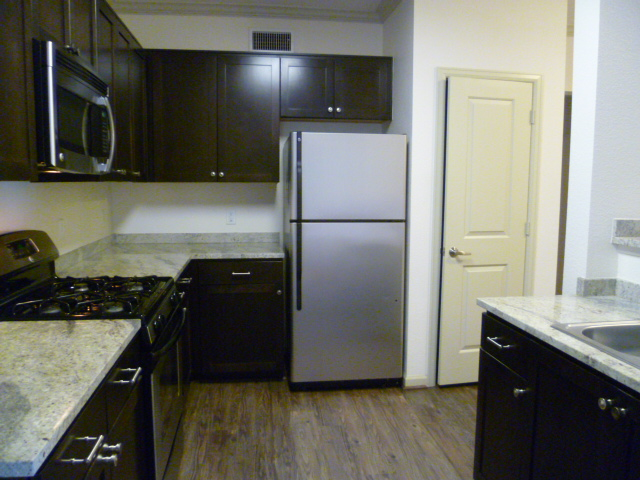 image 2 furnished 3 bedroom Apartment for rent in Milpitas, Santa Clara County
