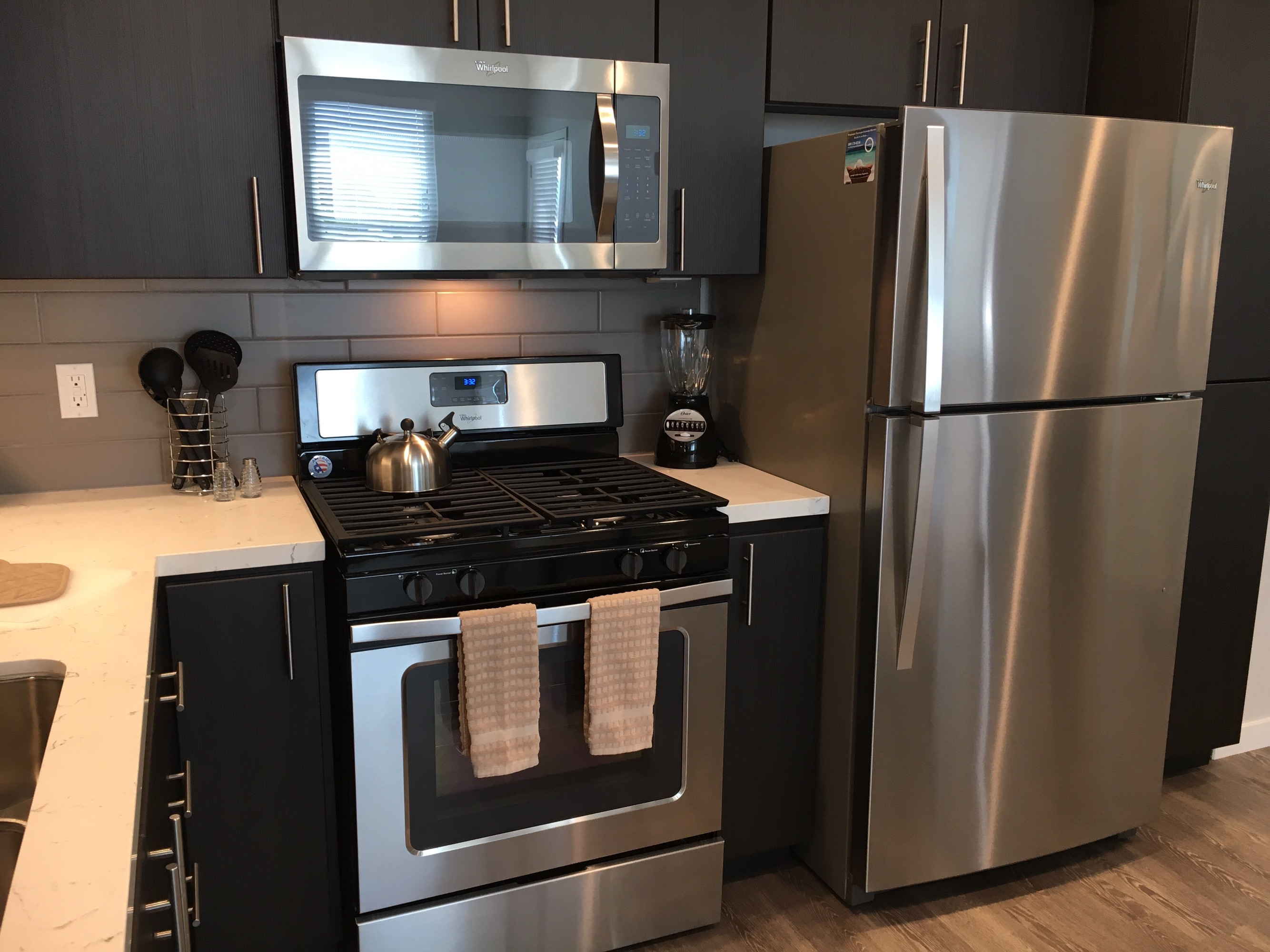 image 8 furnished 2 bedroom Apartment for rent in Menlo Park, San Mateo (Peninsula)