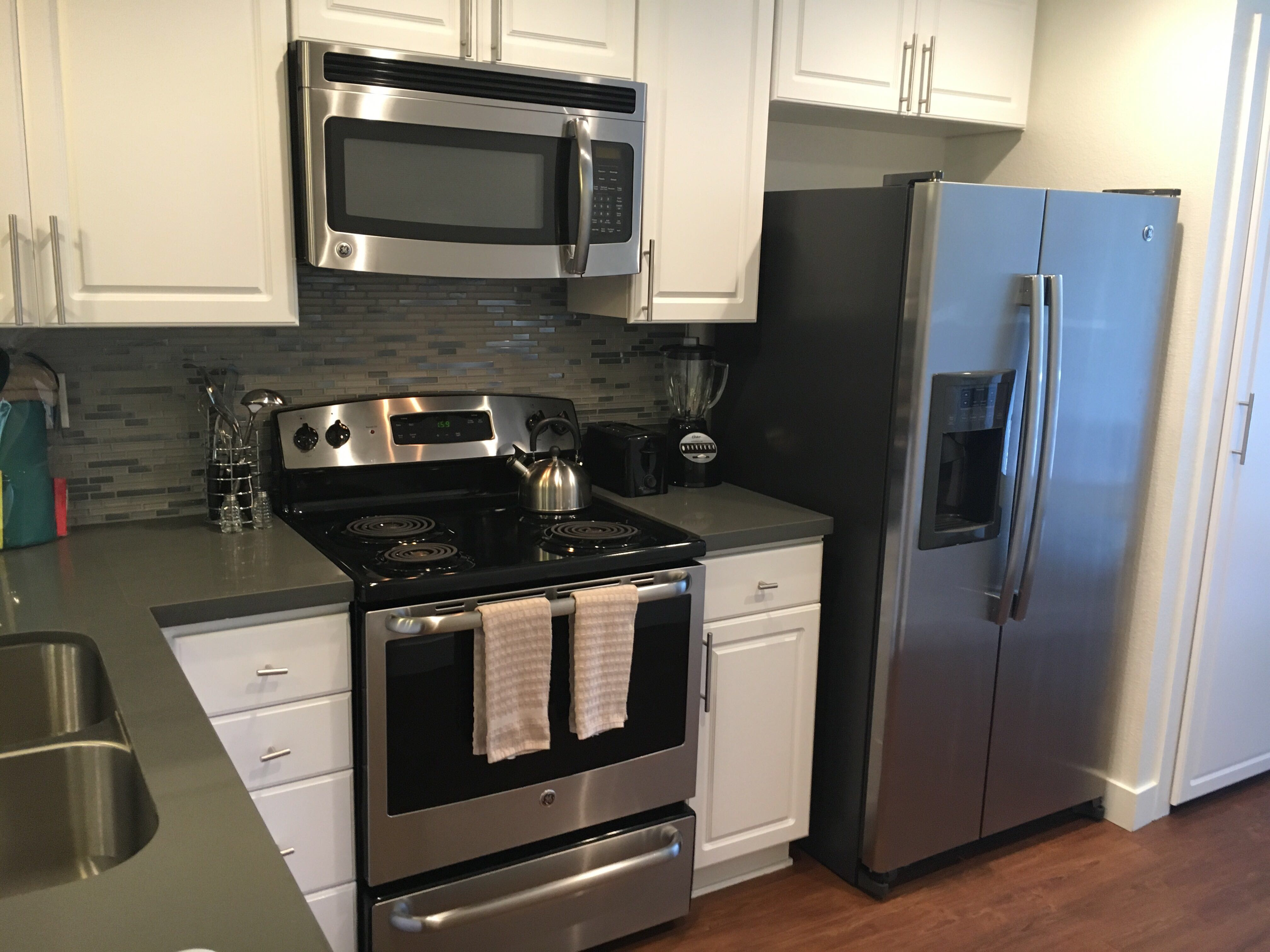 image 4 furnished 2 bedroom Apartment for rent in Pleasanton, Alameda County