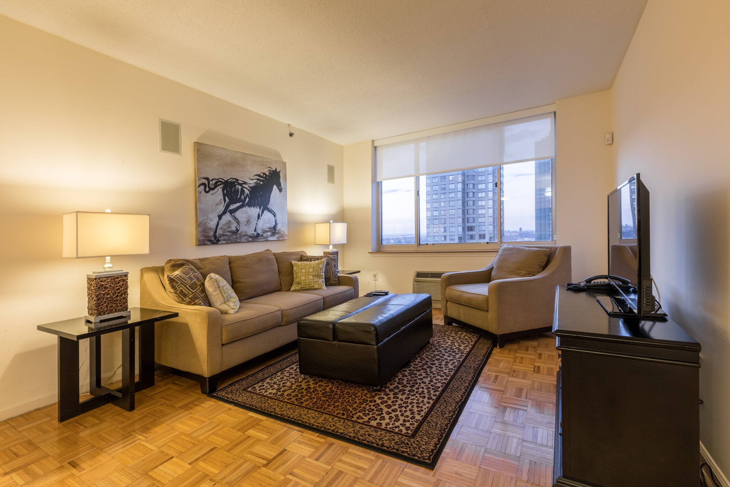 Jersey City Furnished 2 Bedroom Apartment For Rent 8760 Per Month Rental Id 3372345