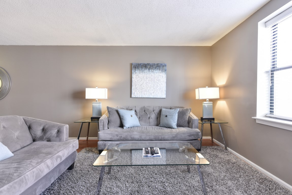 image 2 furnished 5 bedroom Apartment for rent in Back Bay, Boston Area