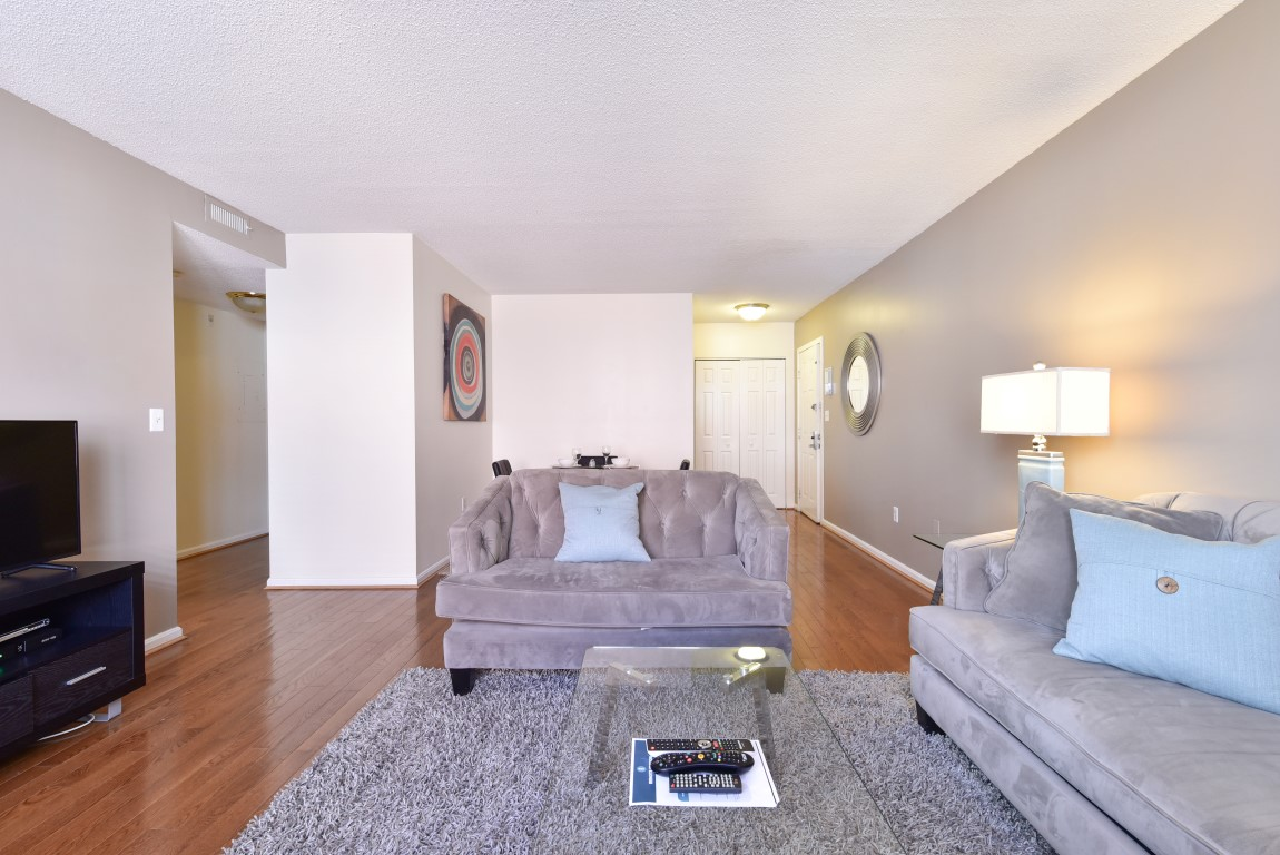 image 4 furnished 5 bedroom Apartment for rent in Back Bay, Boston Area