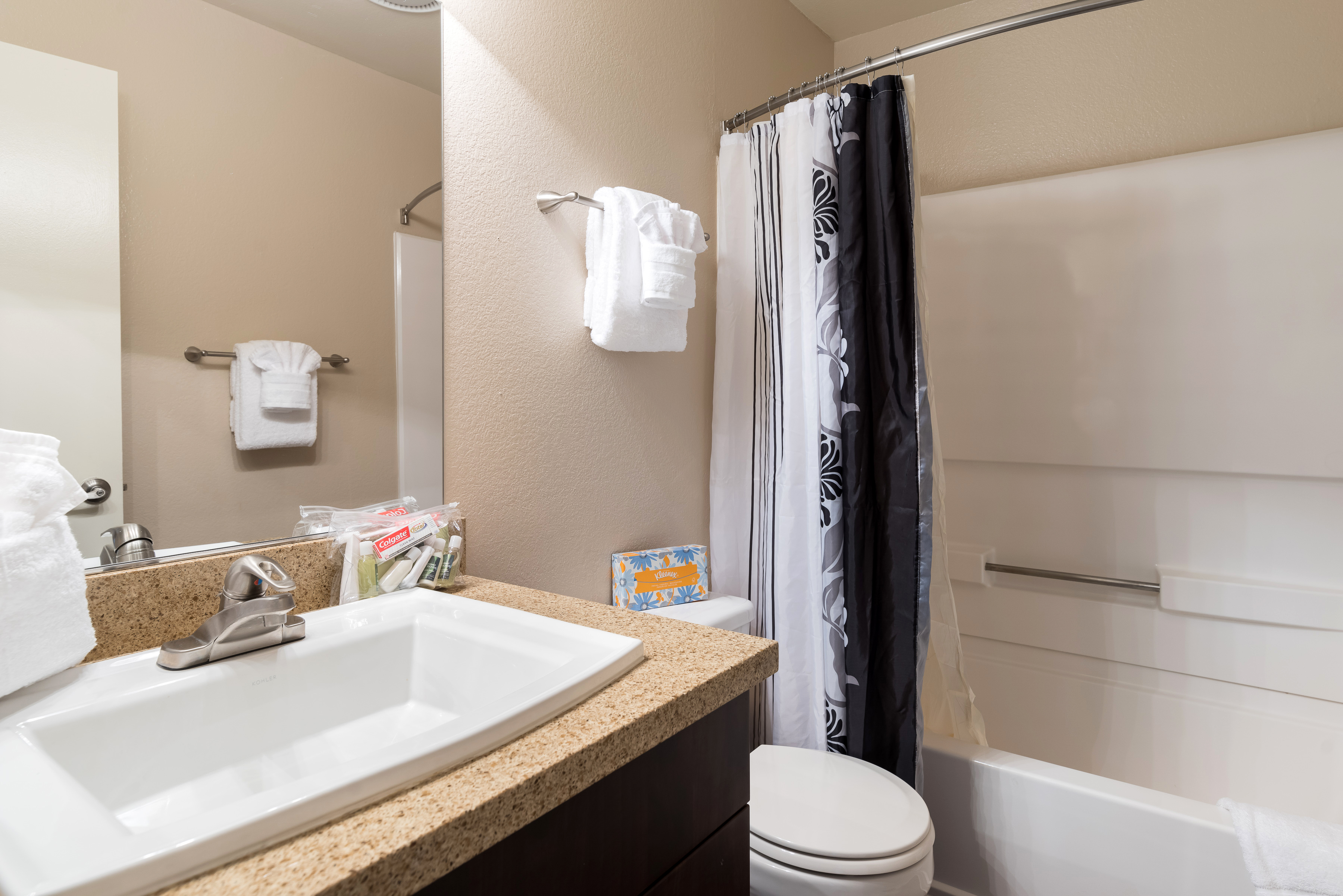 image 2 furnished 2 bedroom Apartment for rent in San Ramon, Contra Costa County