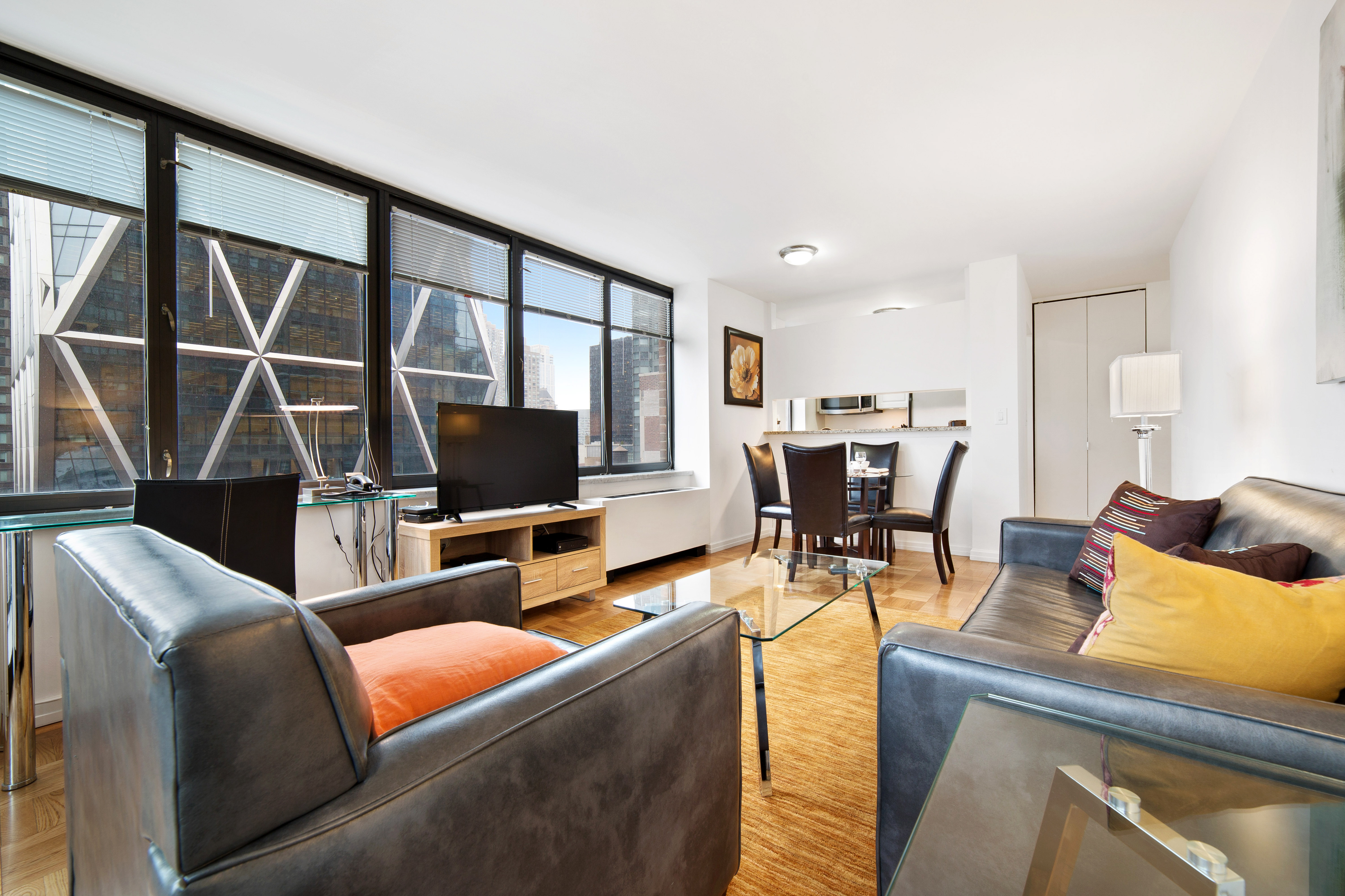 Midtown West Furnished 2 Bedroom Apartment For Rent 9999 Per Month Rental Id 3346681