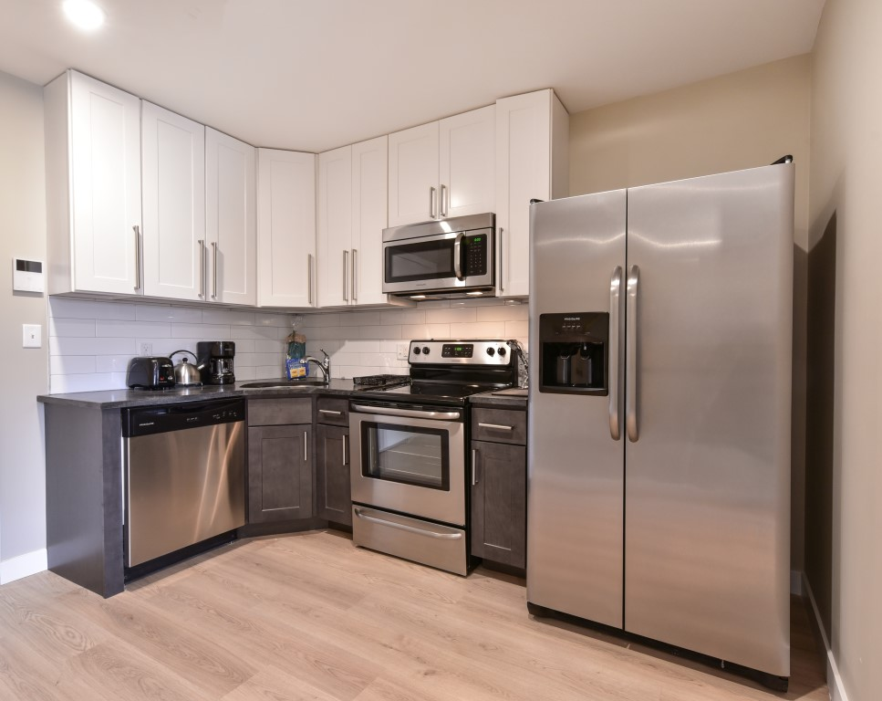 image 2 furnished 3 bedroom Apartment for rent in Jamaica Plain, Boston Area
