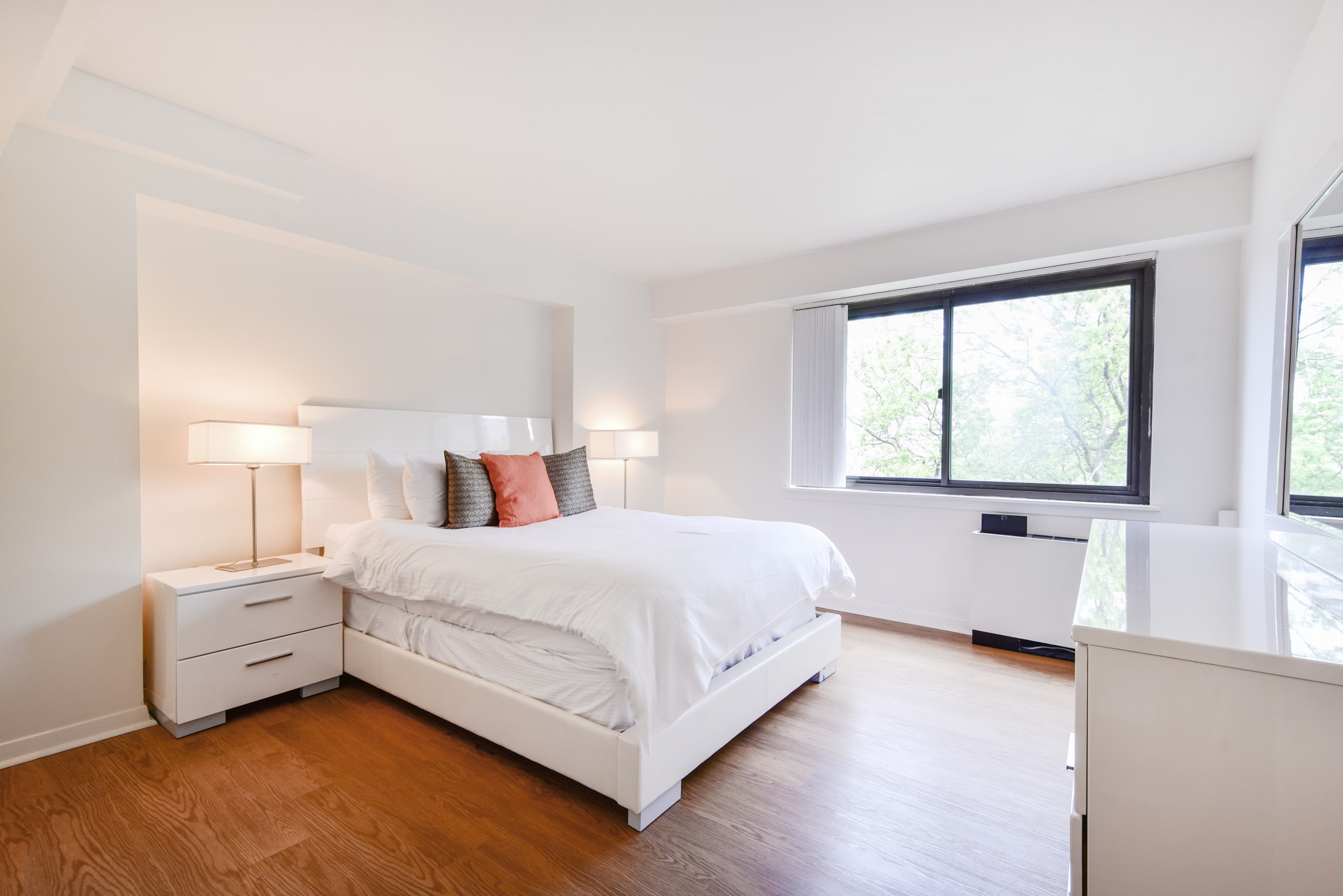 image 10 furnished 3 bedroom Apartment for rent in Beacon Hill, Boston Area