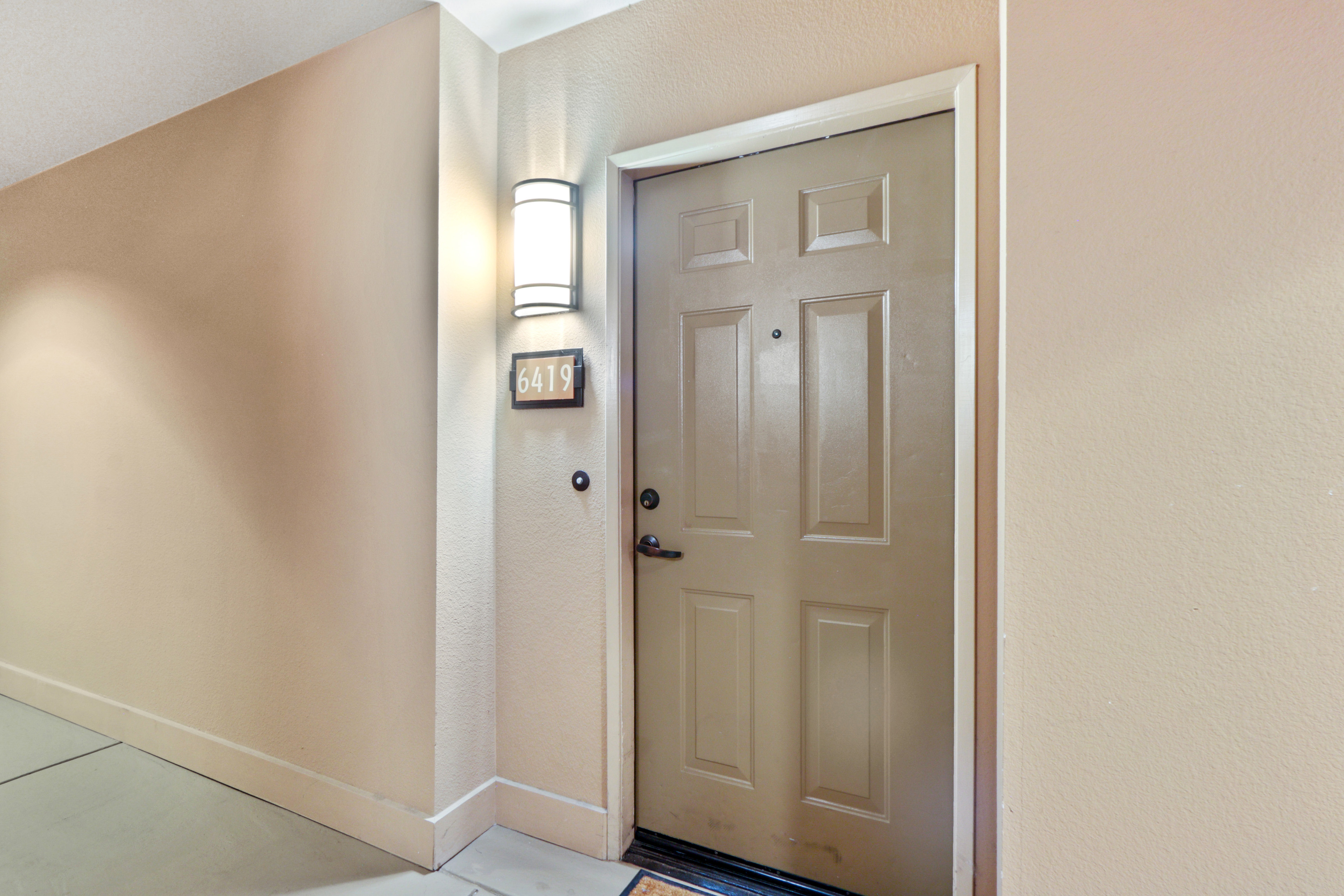 image 2 furnished 2 bedroom Apartment for rent in Irvine, Orange County