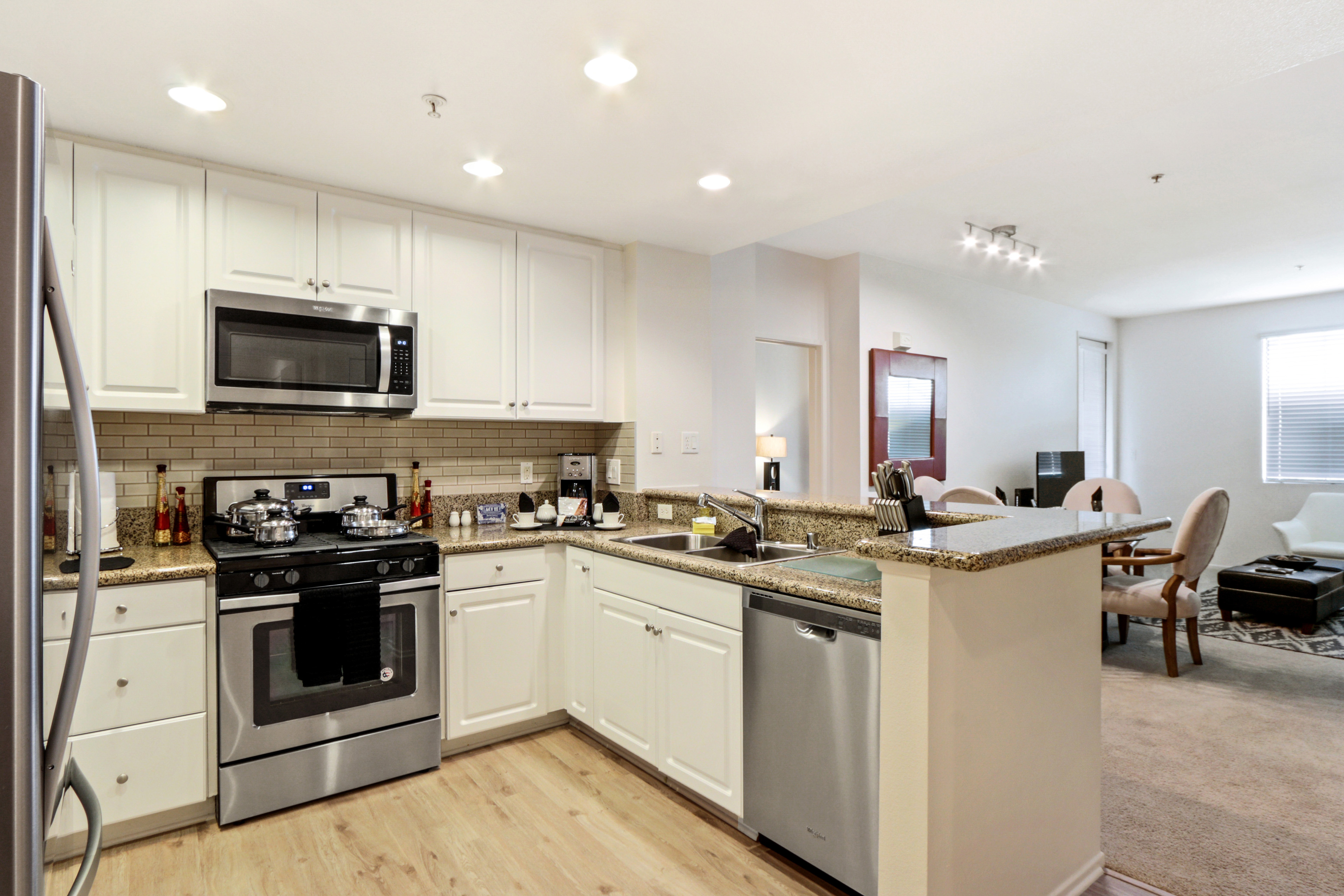 image 3 furnished 2 bedroom Apartment for rent in Irvine, Orange County