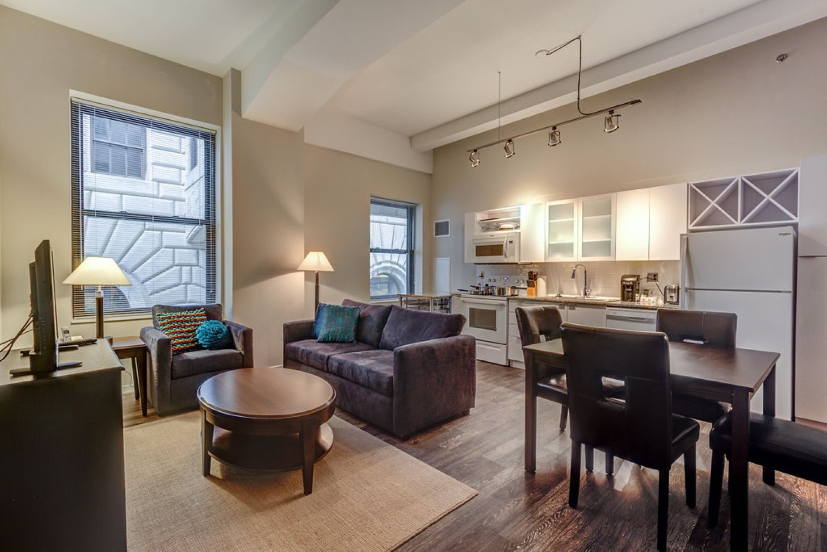 image 2 furnished 1 bedroom Apartment for rent in Downtown, Cincinnati
