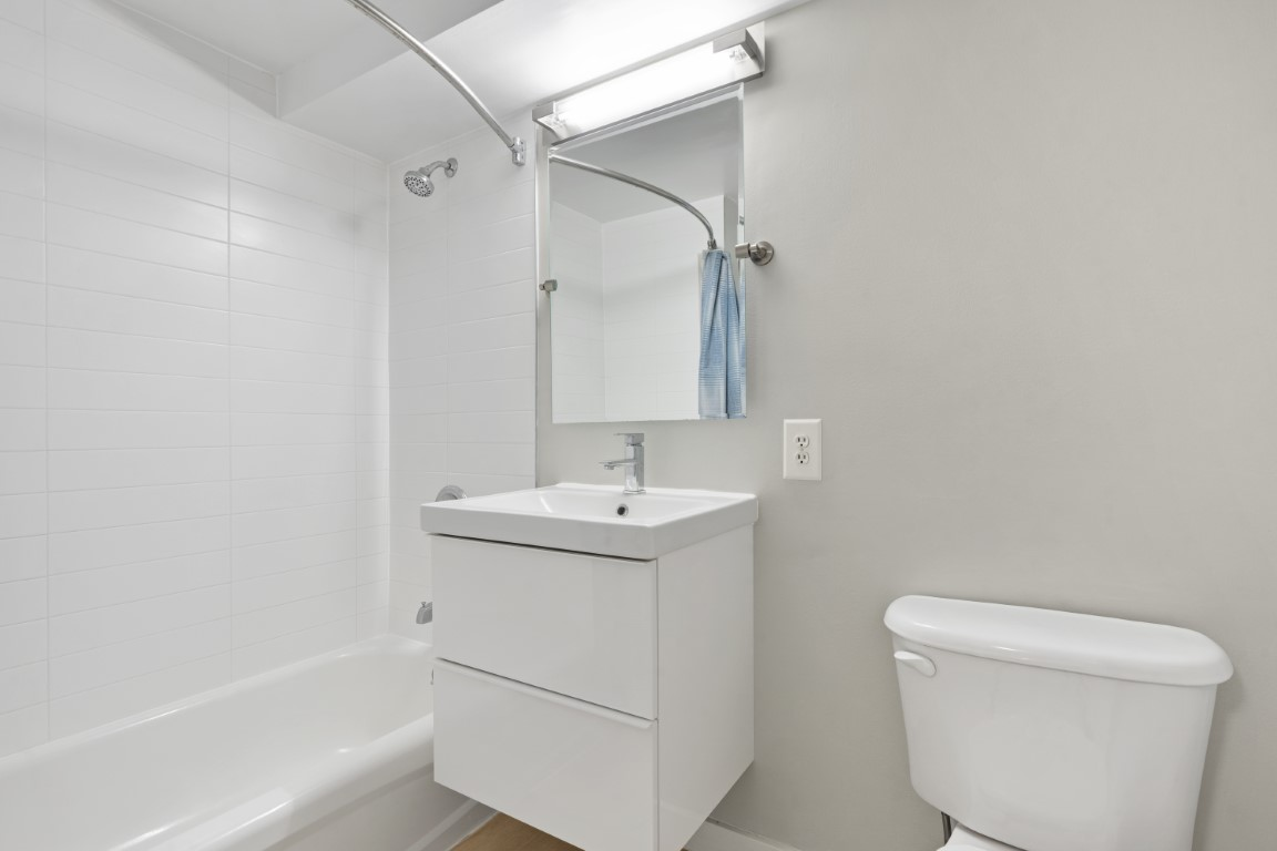 image 1 furnished 2 bedroom Apartment for rent in Morristown, Morris County
