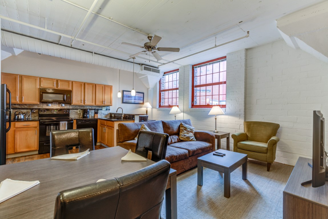 image 6 furnished 1 bedroom Apartment for rent in Cleveland Heights, Cuyahoga County
