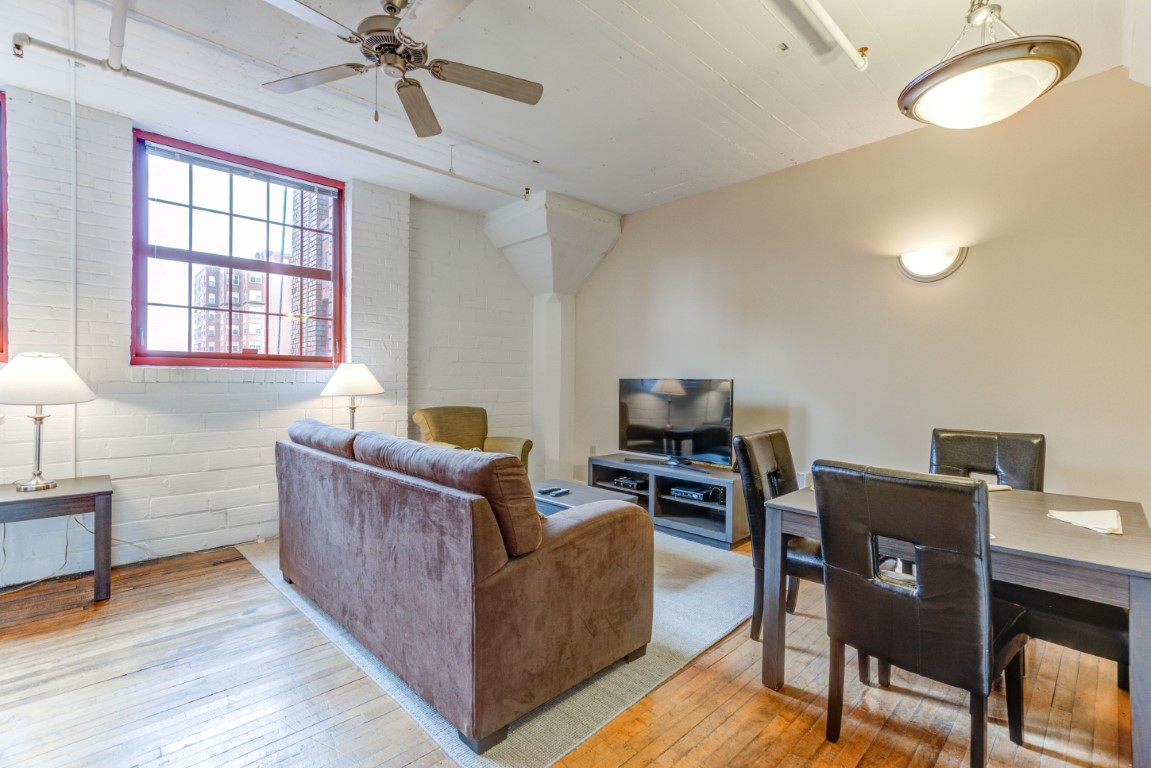 image 9 furnished 1 bedroom Apartment for rent in Cleveland Heights, Cuyahoga County