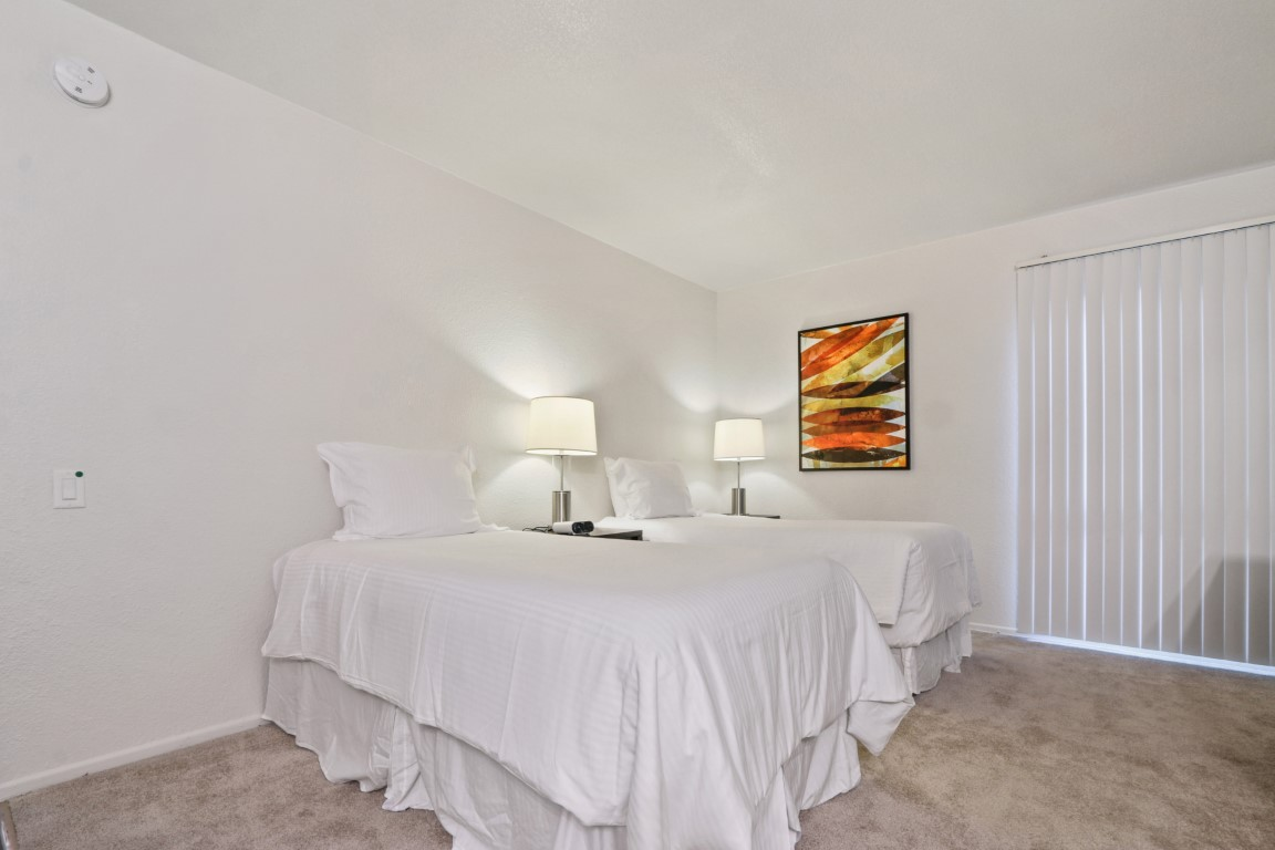 image 9 furnished 5 bedroom Apartment for rent in Hollywood, Metro Los Angeles
