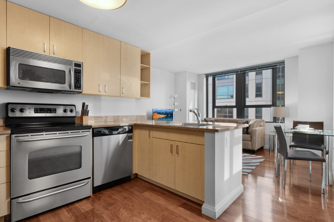 image 6 furnished 1 bedroom Apartment for rent in Chinatown, Boston Area