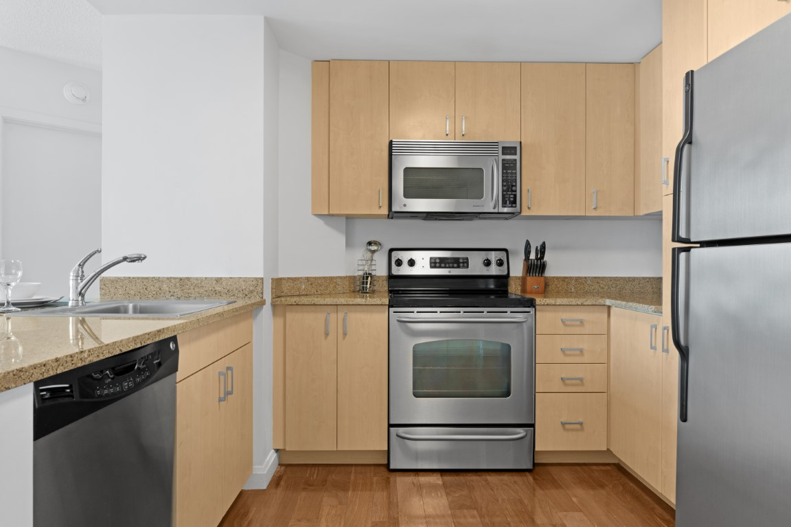 image 8 furnished 1 bedroom Apartment for rent in Chinatown, Boston Area