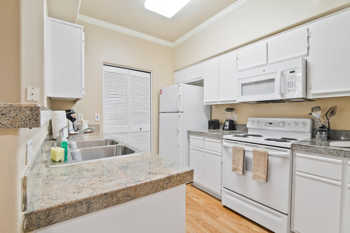 image 5 furnished 1 bedroom Apartment for rent in Cupertino, Santa Clara County