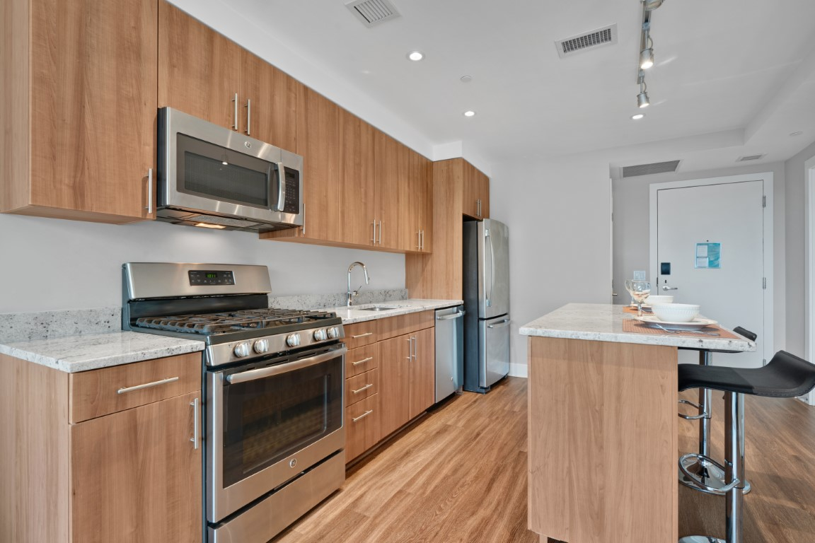 image 7 furnished 1 bedroom Apartment for rent in Arlington, DC Metro
