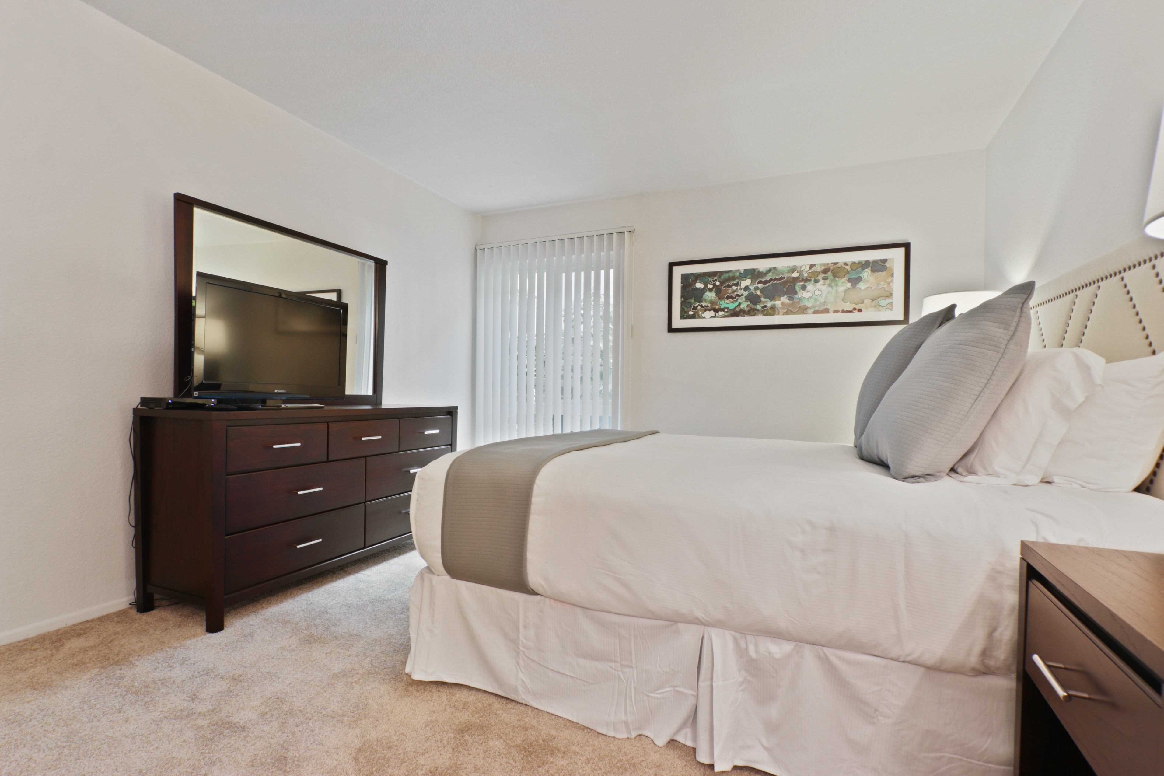 image 8 furnished 5 bedroom Apartment for rent in Hollywood, Metro Los Angeles