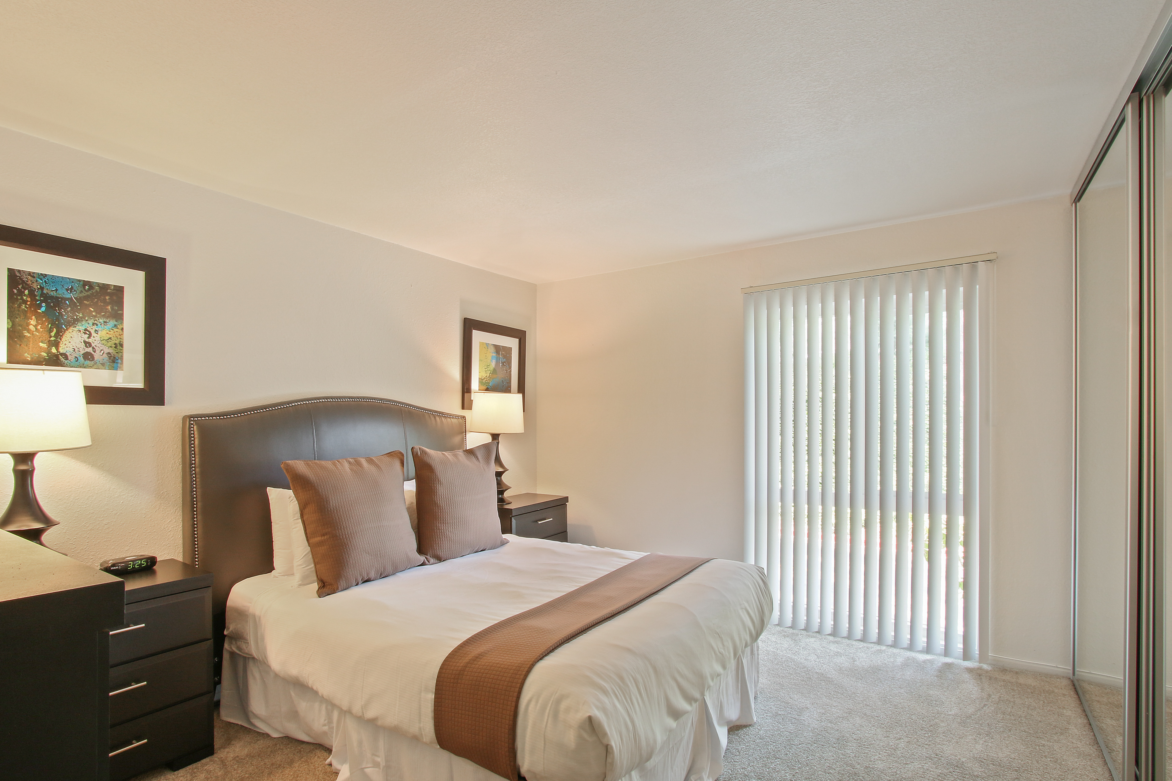 image 8 furnished 2 bedroom Apartment for rent in Hollywood, Metro Los Angeles