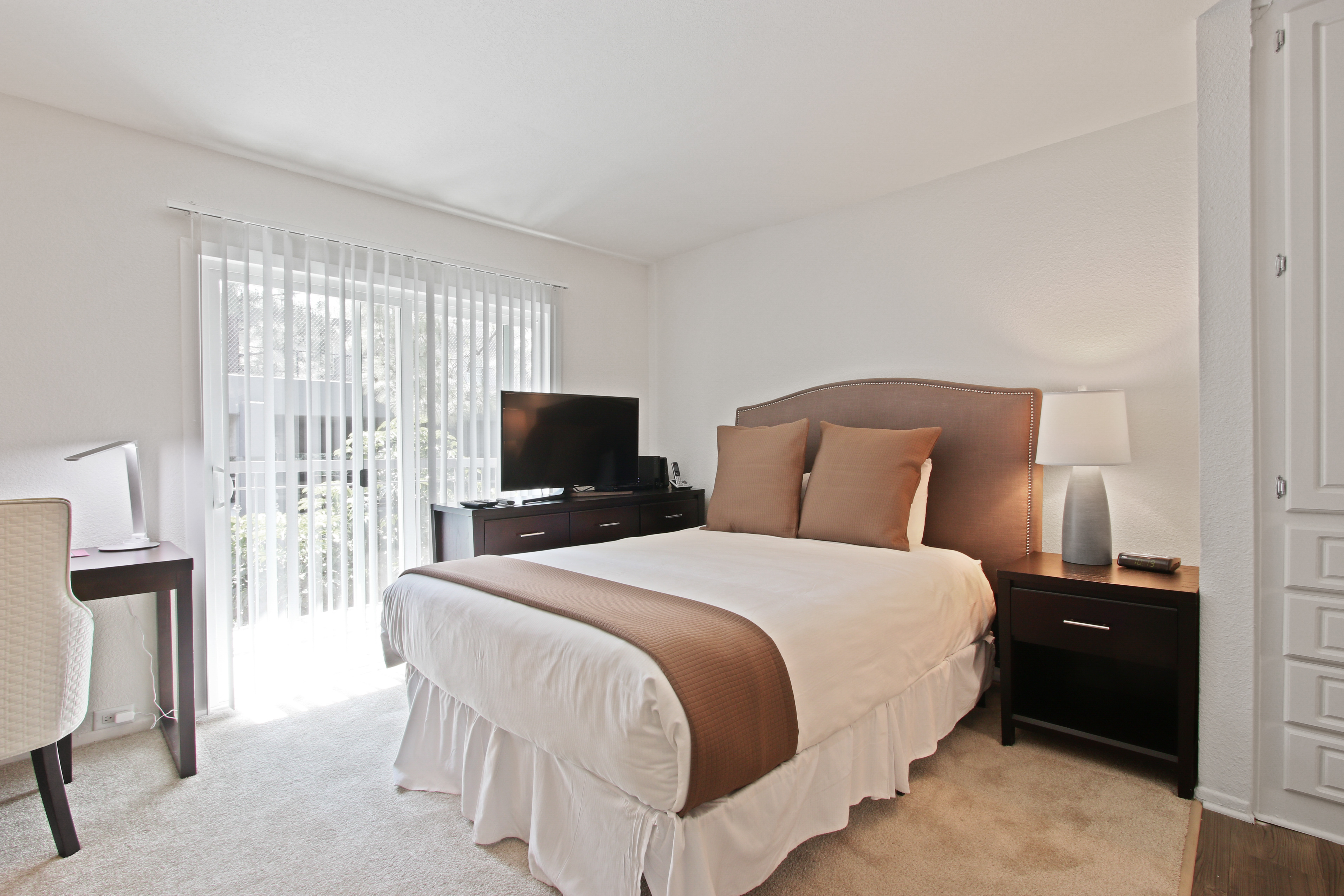 image 4 furnished 1 bedroom Apartment for rent in Hollywood, Metro Los Angeles