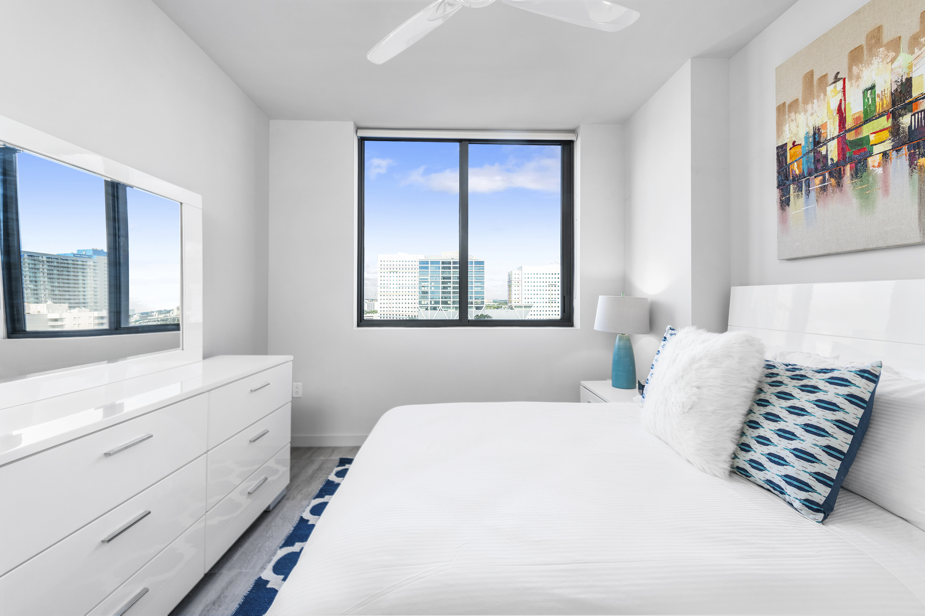 image 3 furnished 2 bedroom Apartment for rent in Downtown, Miami Area